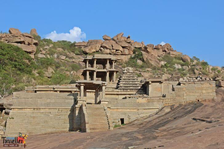 Ruins along Tungabadra River, Hampi - Places to Visit around Hampi